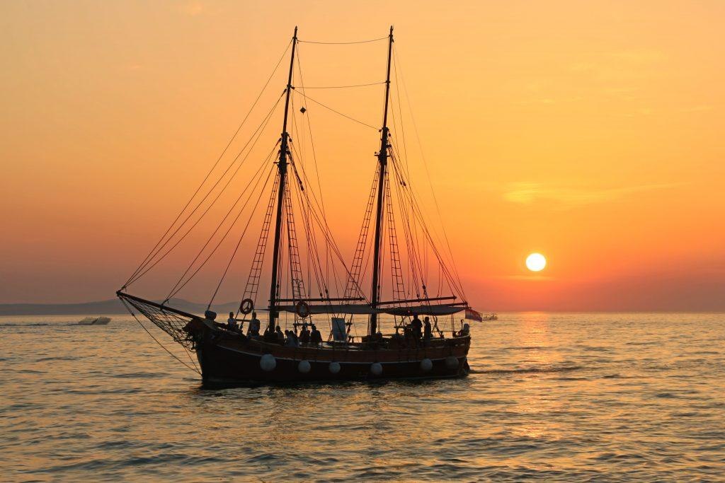 Sail to the Brownsea Island