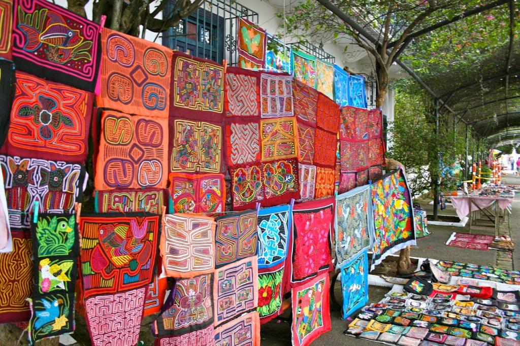 Nueva Andalusia Artisan Market