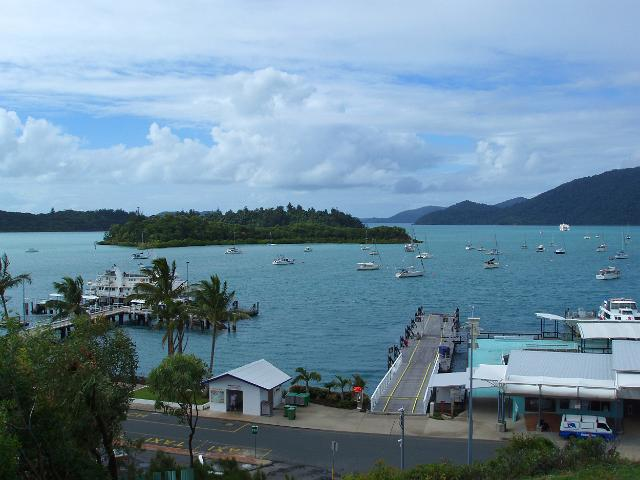 A picture of the Shute Harbour in Australia