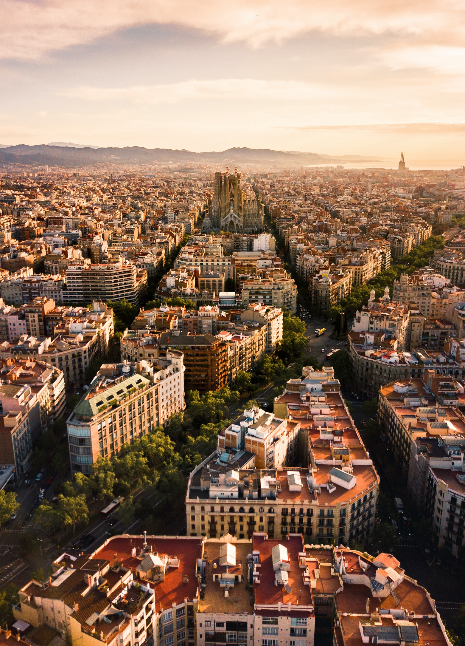 Walk Around The Plazas In Barcelona To Know More About The City