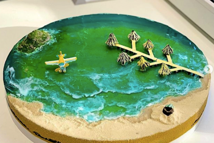 Island cakes - Bite into miniature versions of paradise
