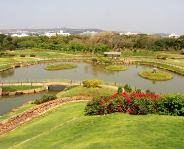 Best gardens to visit in Pune