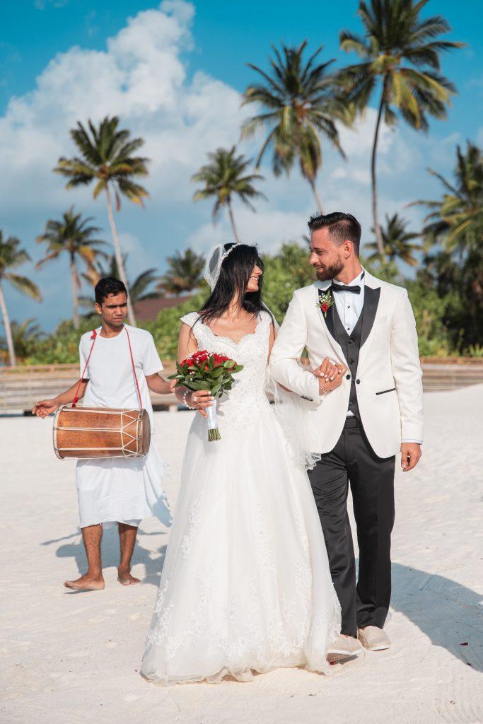 Maldivian wedding with traditional Bodu Beru