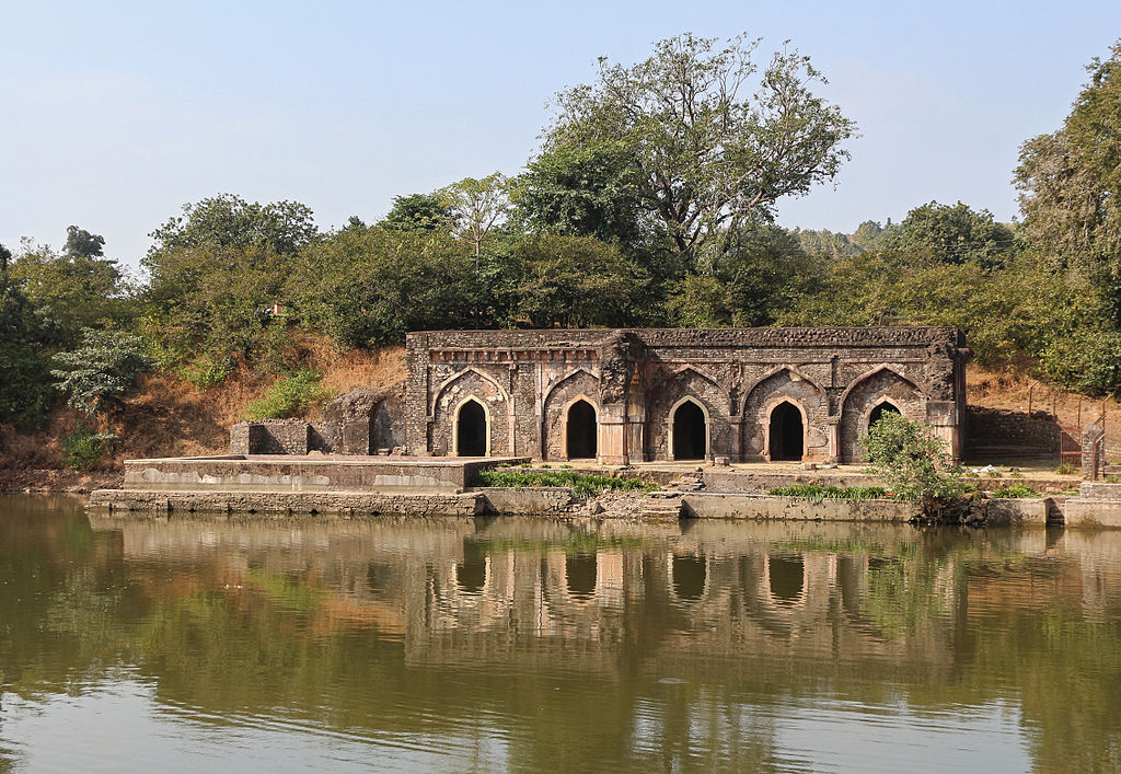 historical attractions in Mandu