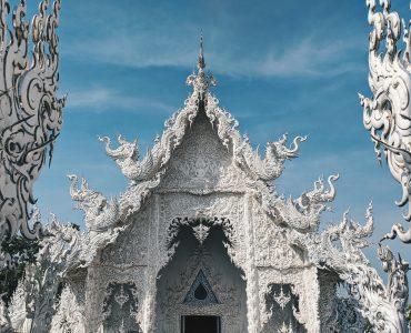A stunning click of Wat Rong Khun