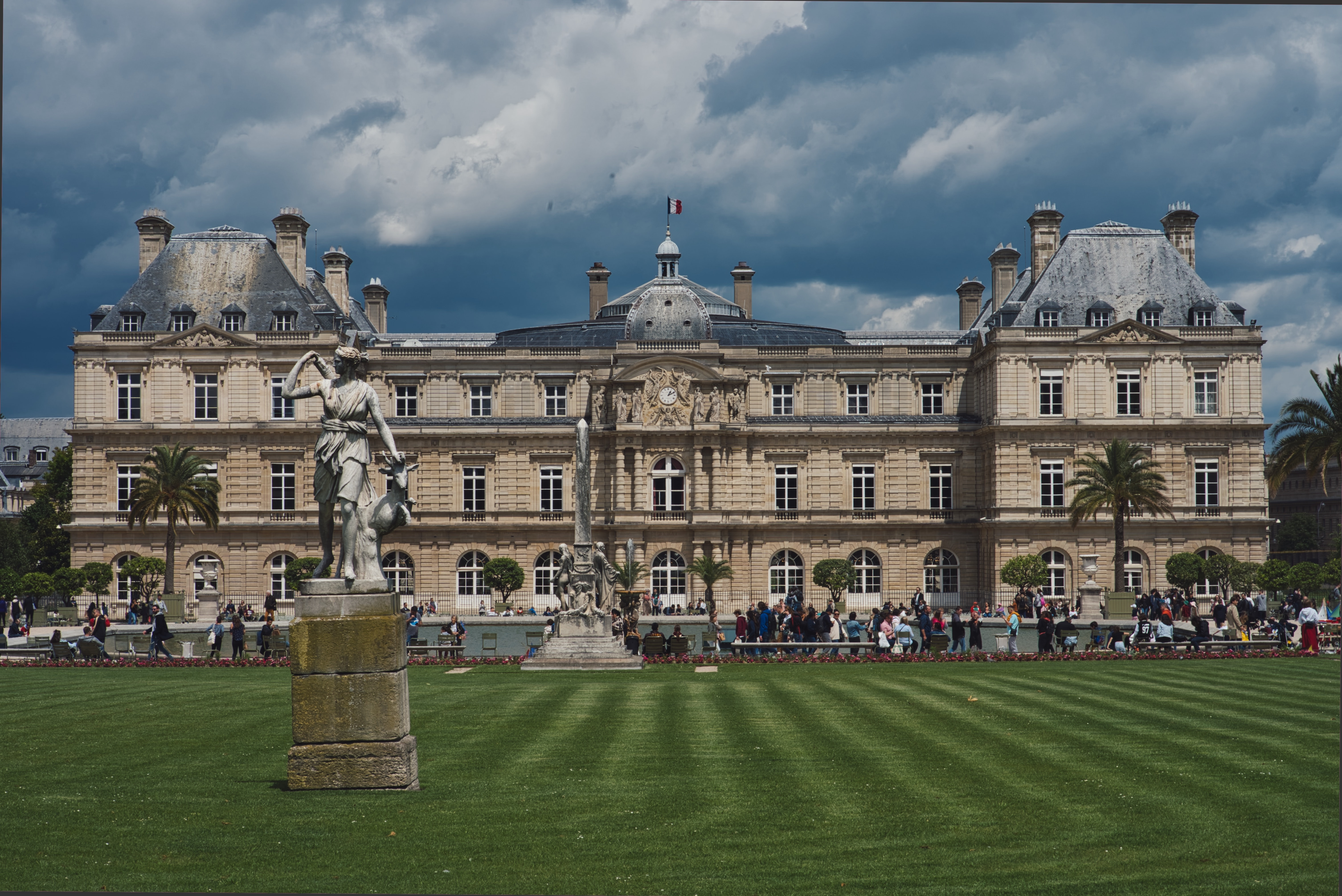 Luxembourg Palace, 15 romantic places to visit in Paris