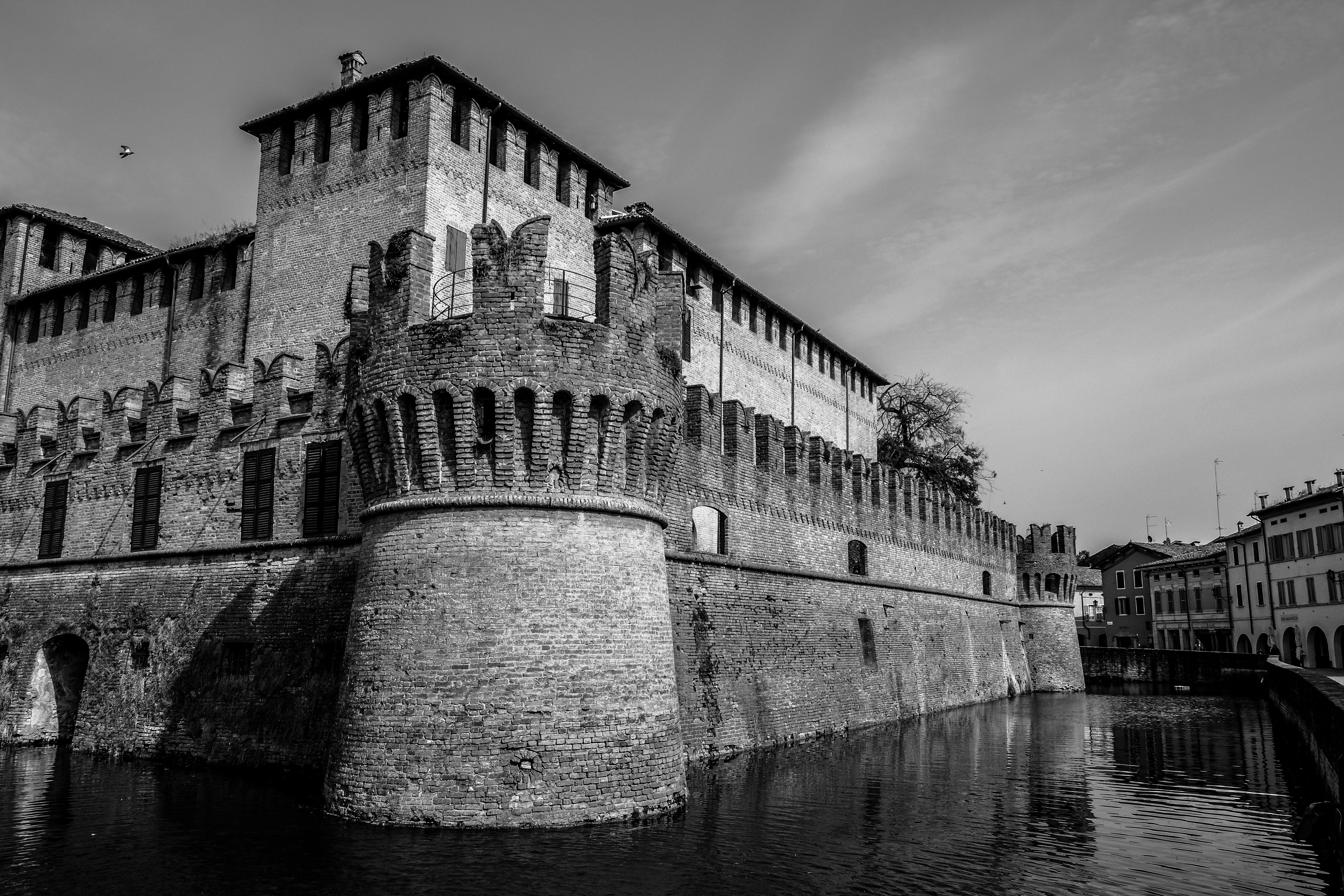 Castle Hotels in Italy, Honeymoon in Italy Travel Guide