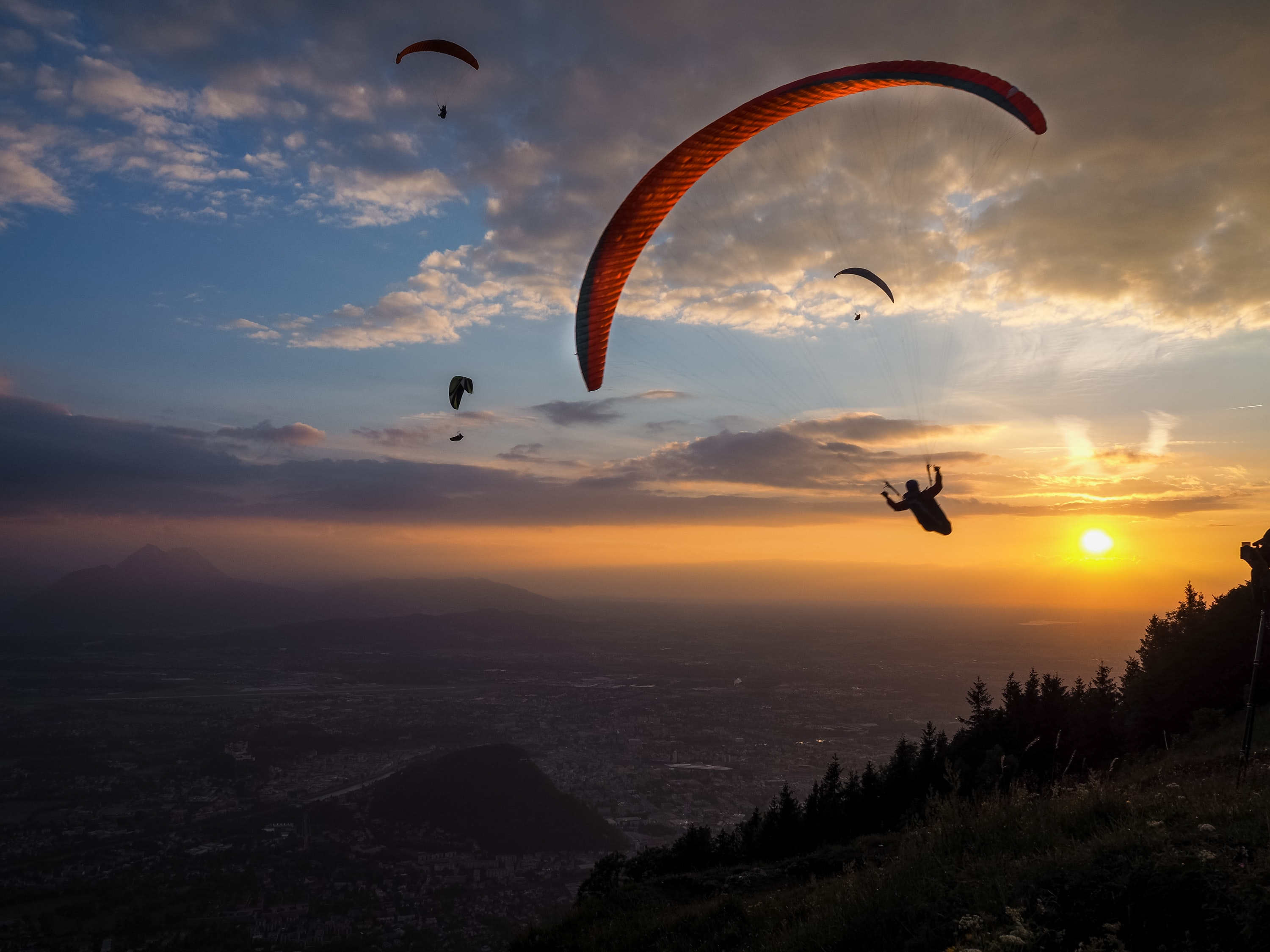 Best Places for Paragliding in Austria