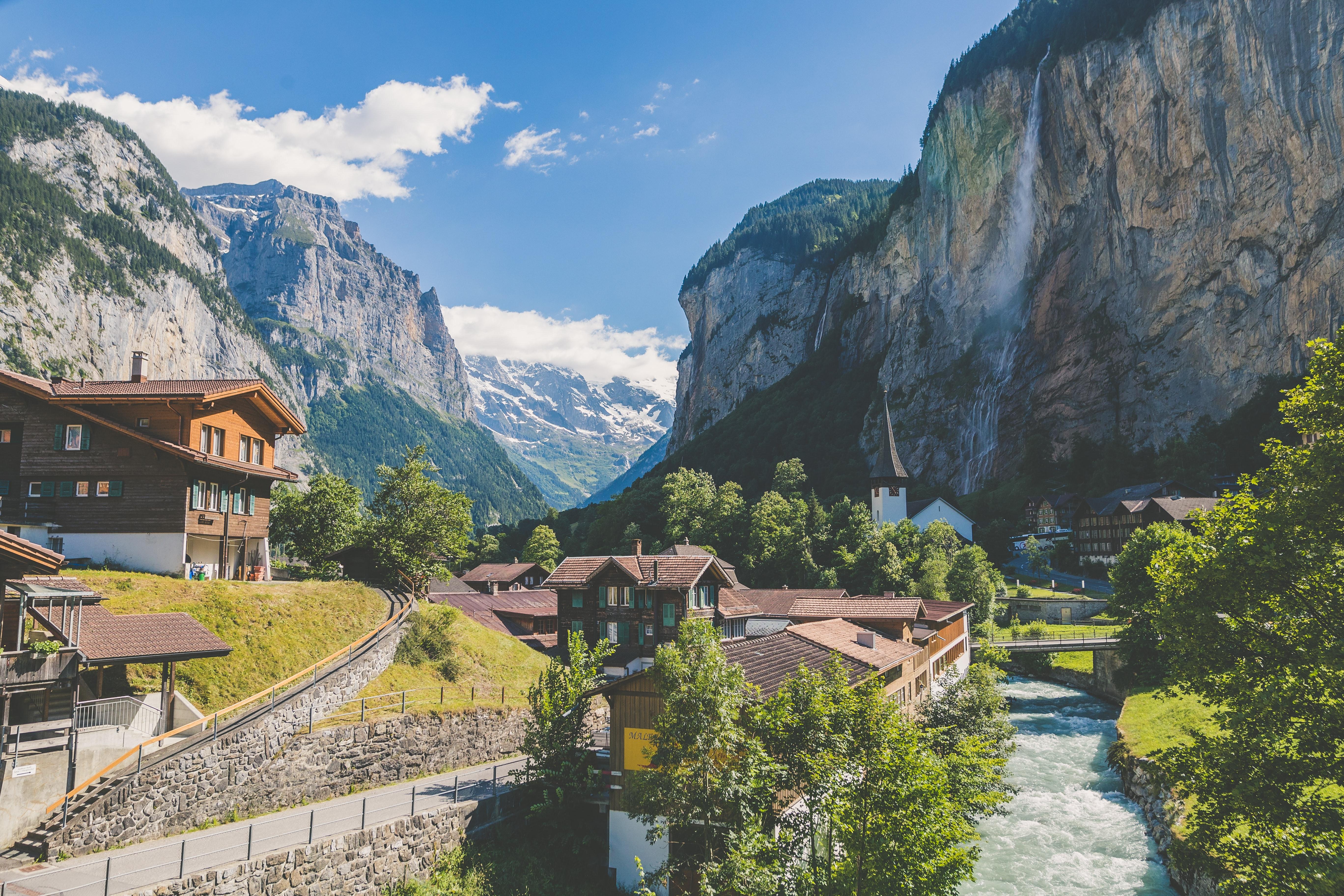 10 most beautiful castles in Switzerland