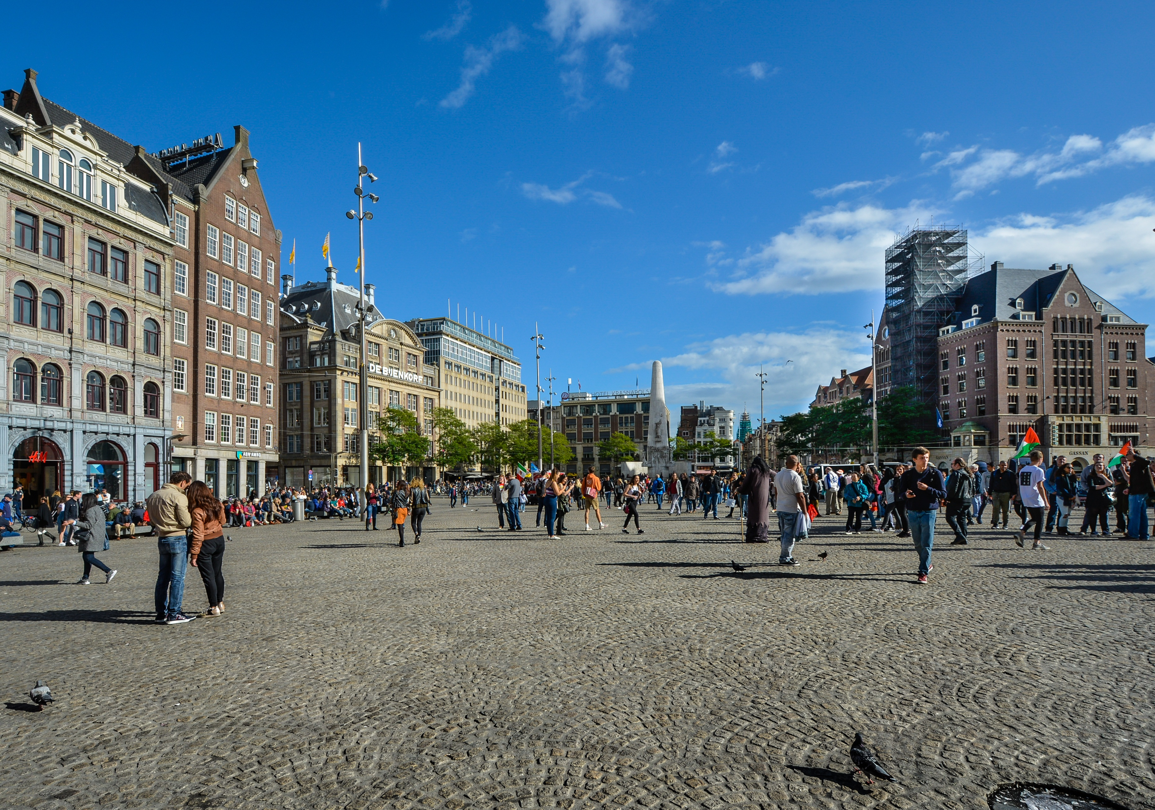 Stroll around the Dam Square, Things To Do In Amsterdam