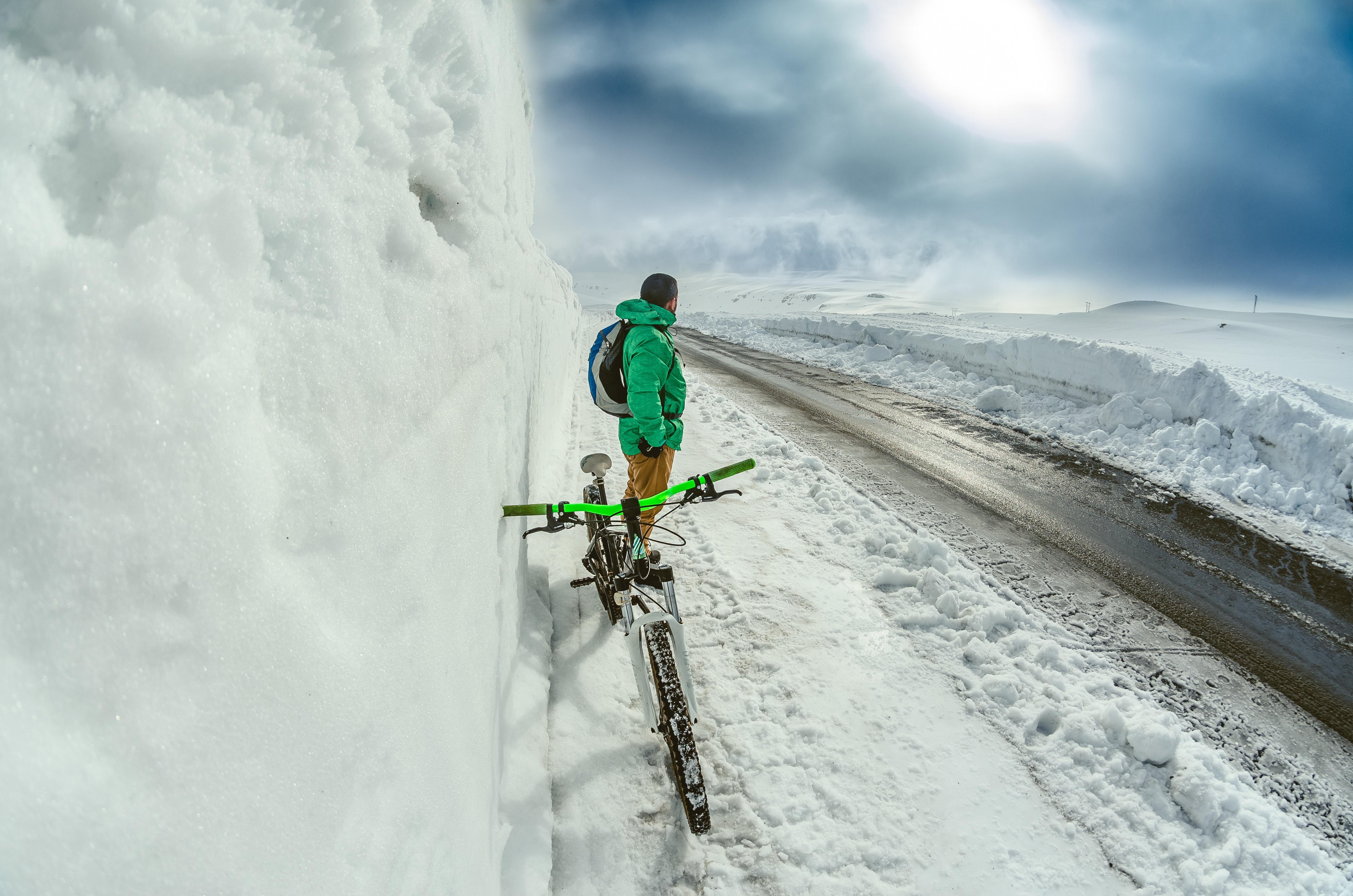 Mountain Biking, Adventurous Things To Do In Iceland