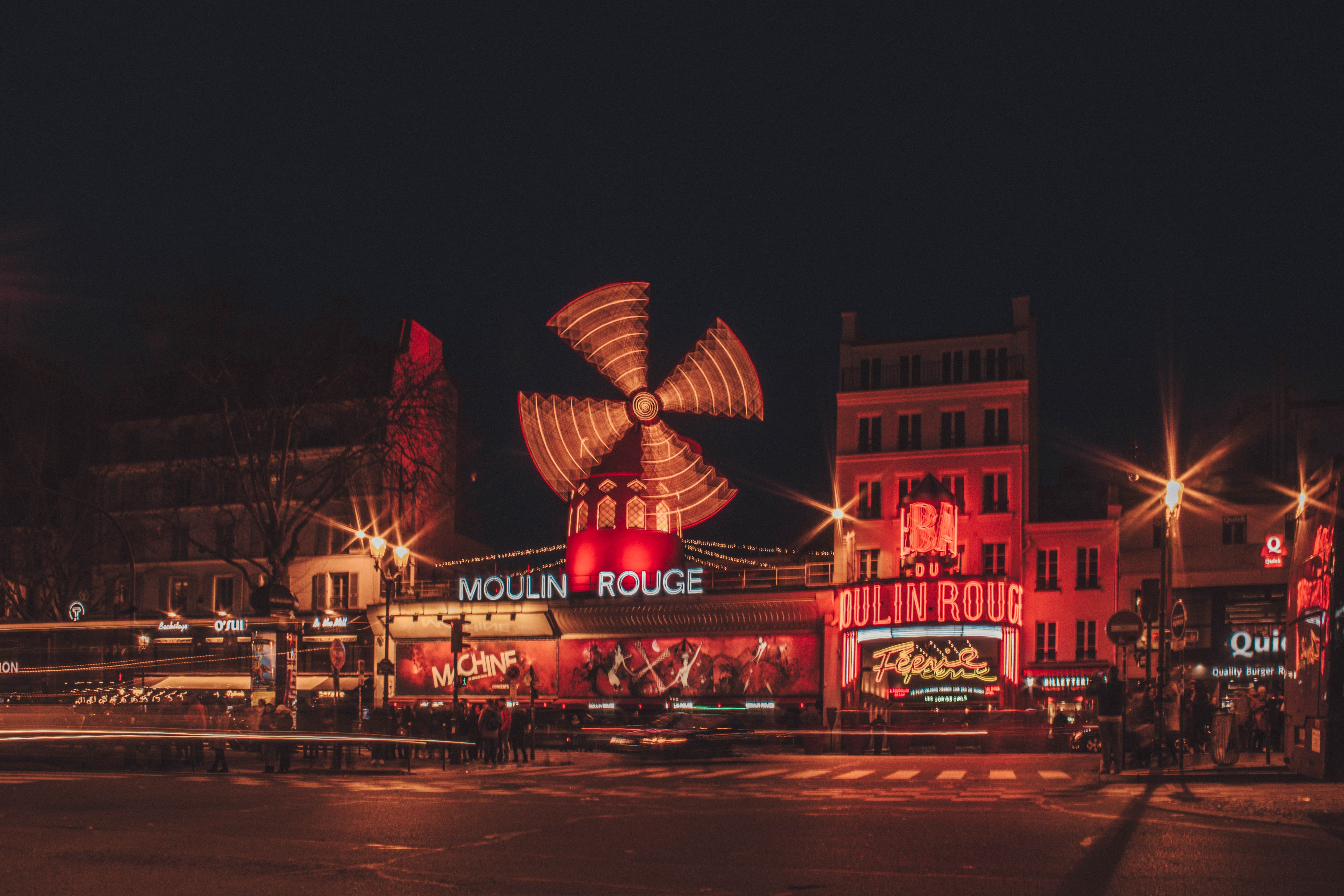 Moulin Rouge, Reasons To Fall In Love With Paris