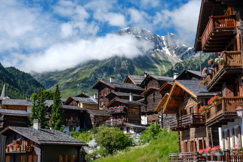 most scenic train journeys to take in Switzerland