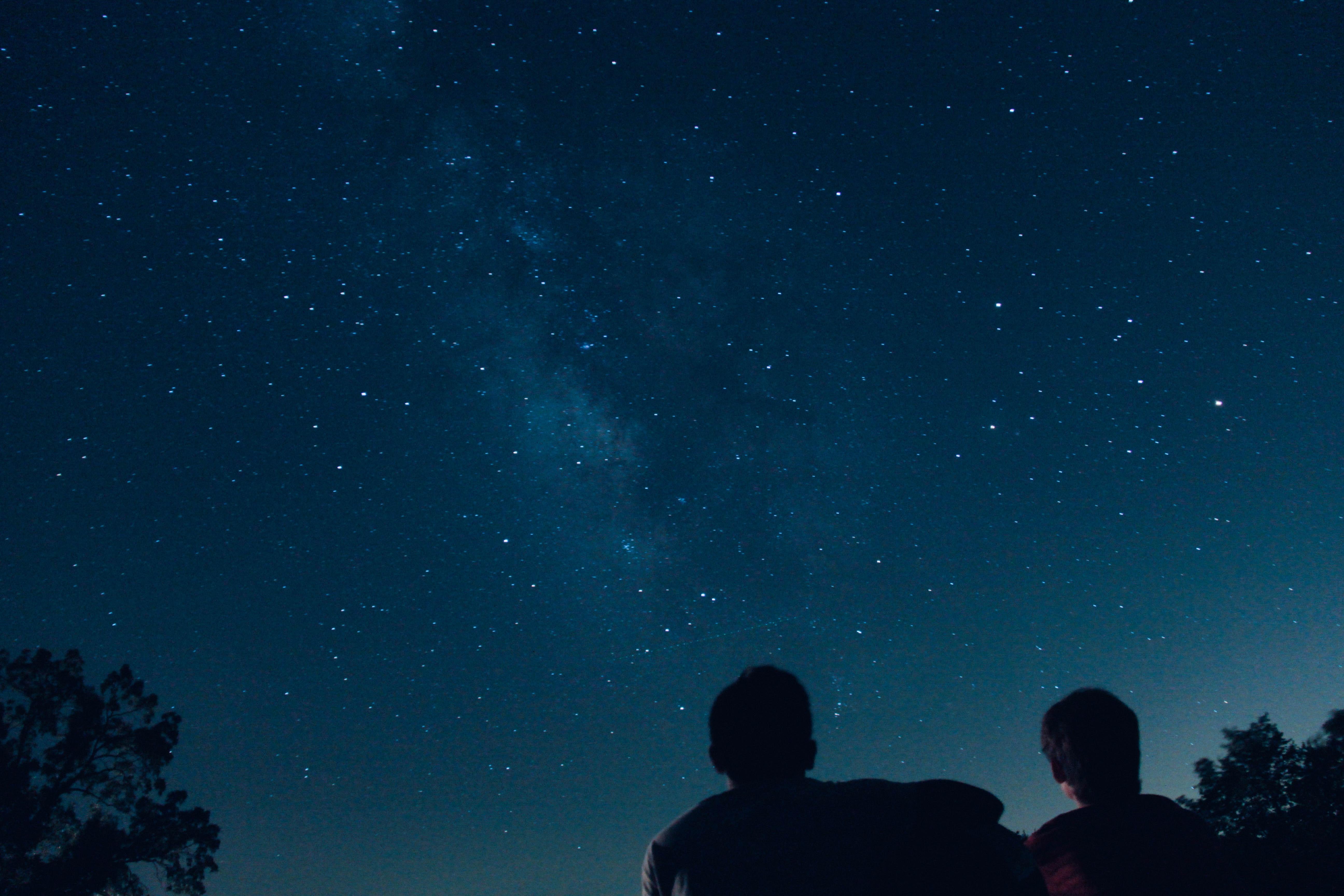 stargazing, 15 things to do to enjoy nightlife in Switzerland