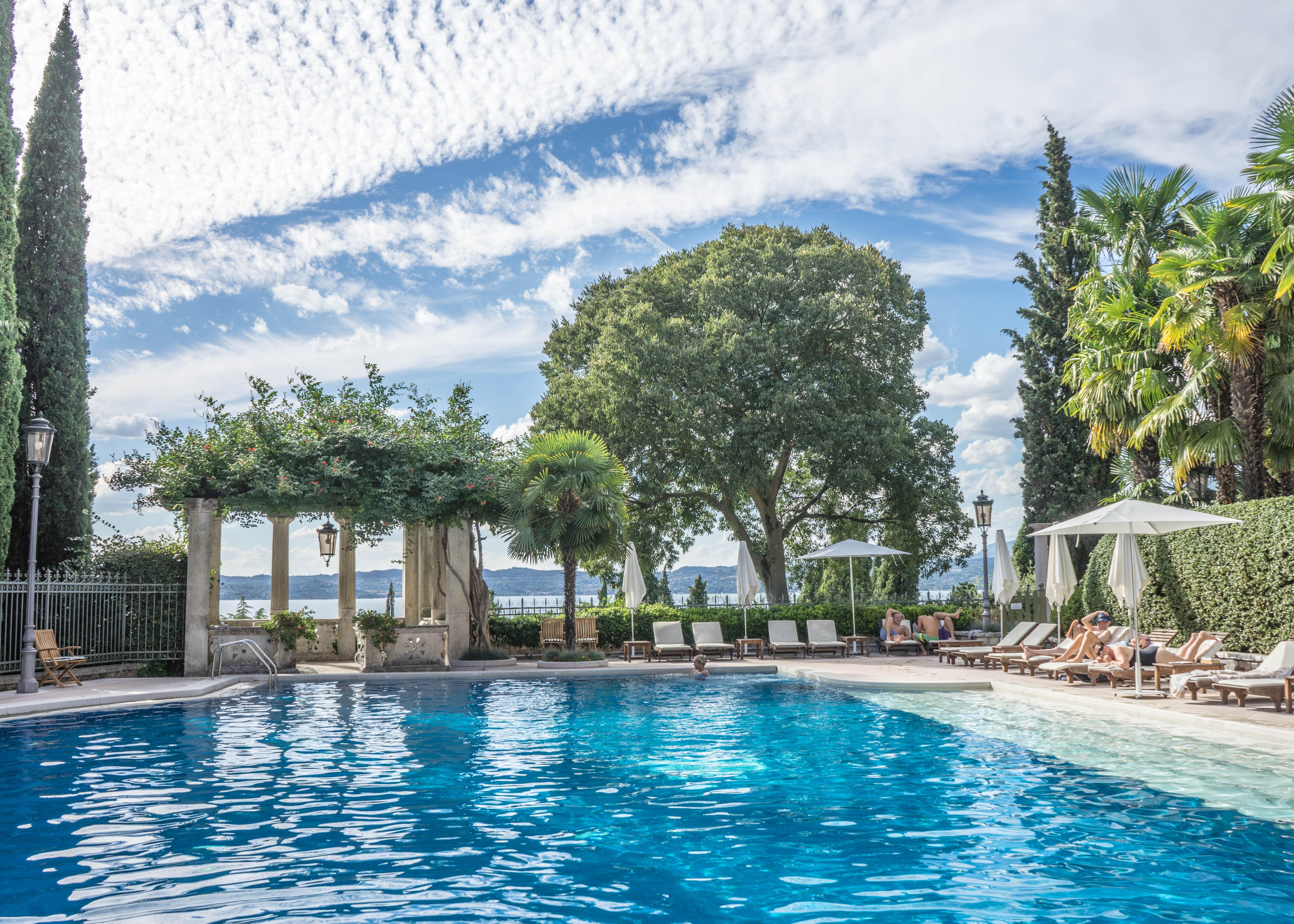 Margi, Best hotels in Athens