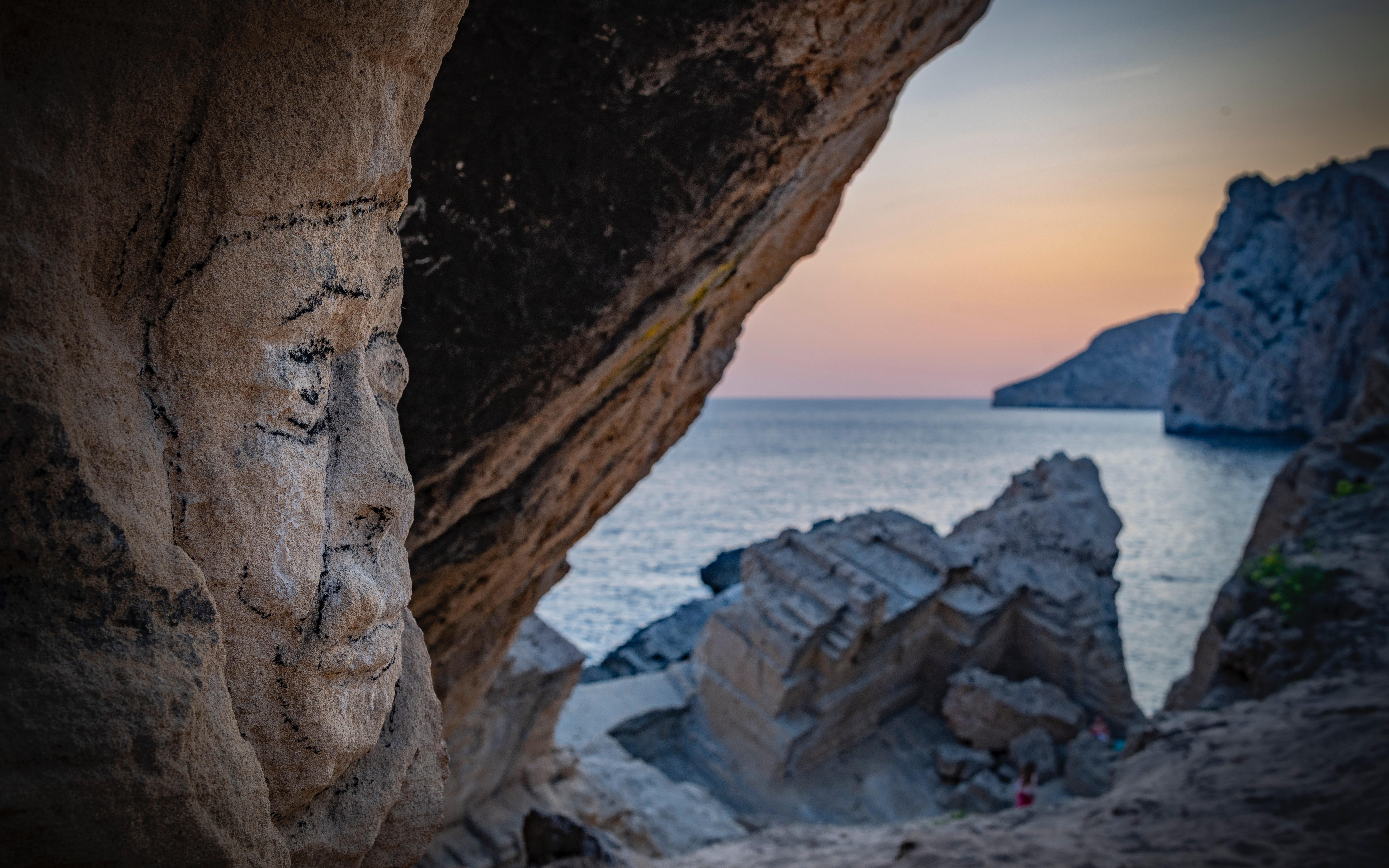 Ibiza, Enchanting islands, Reasons to visit Spain