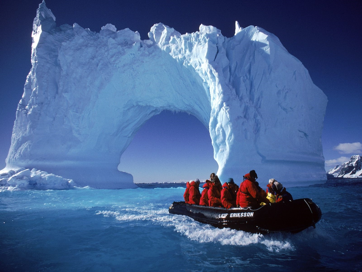 Optimized-antarctica-travel-holiday-wallpapers_88