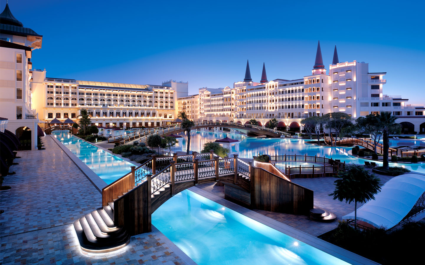 Mardan Palace hotel from hotels around the world