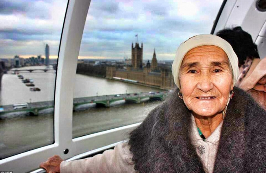 291A784E00000578-3098883-Kazakh_pensioner_Lena_Toksanbaeva_has_become_a_social_media_sens-a-5_1432722003762