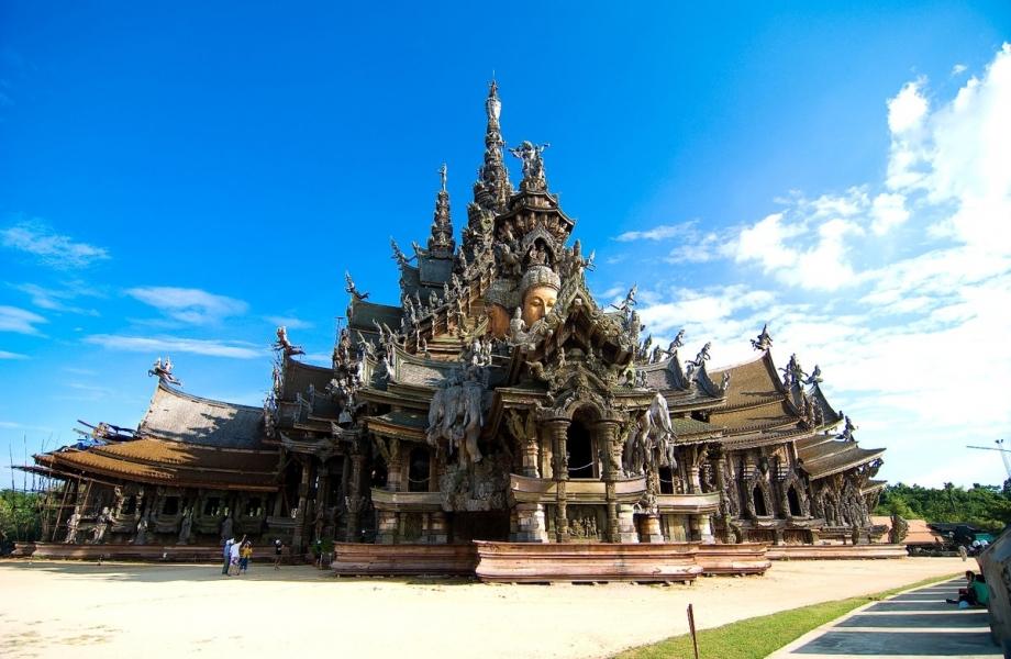 Pattaya-sanctuary-of-truth