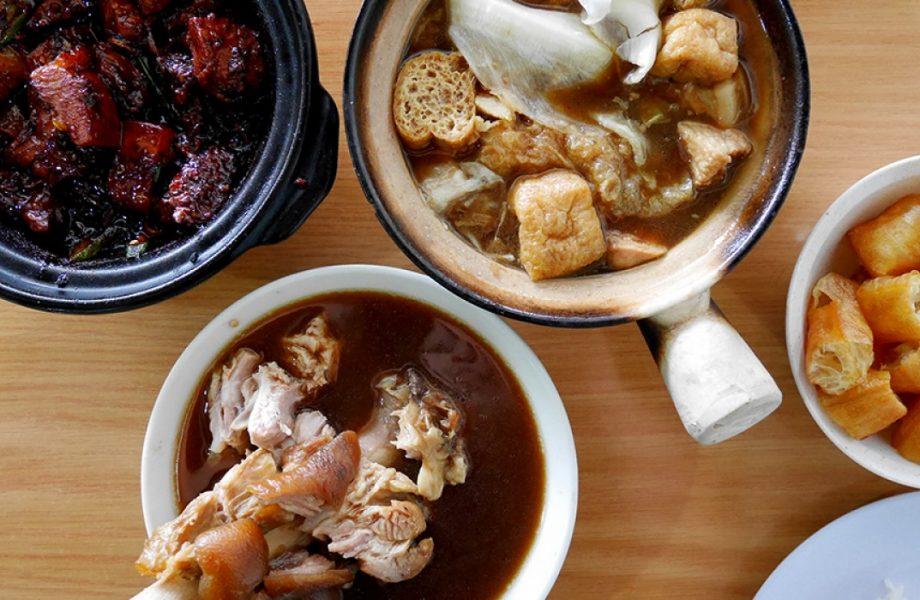Bak Kut Teh, Pork bone and tea broth, popular in S.E Asia