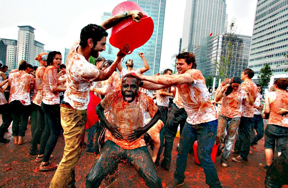 Recreating La Tomatina at Canary Wharf in London