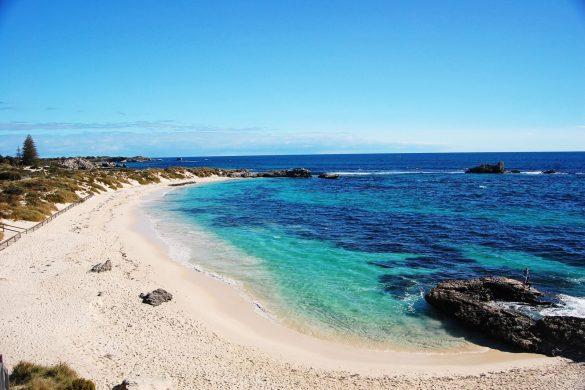 beautiful-beach-on-rottnest-island-off-the-coast-of-perth-australia-1600x1063