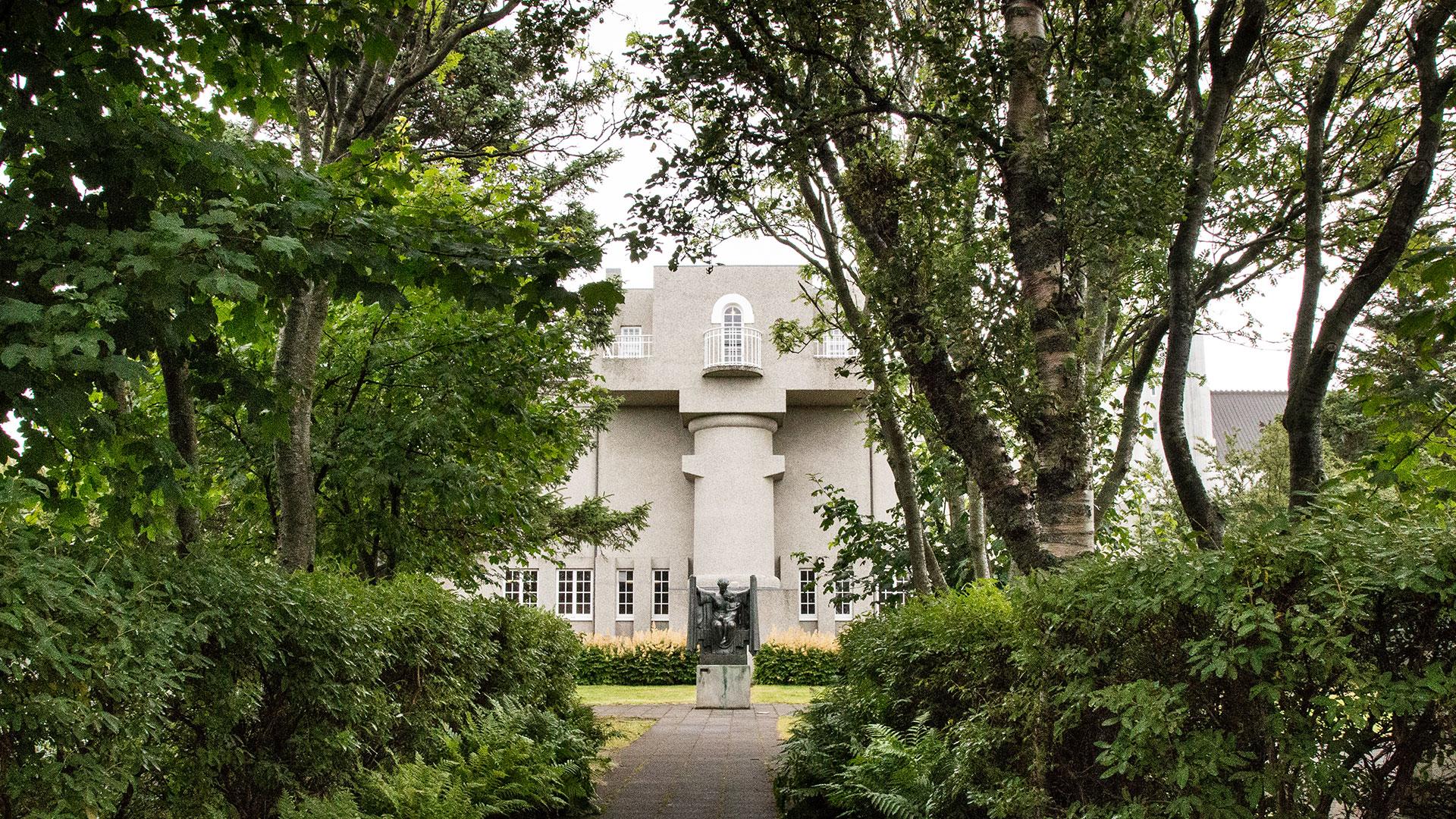 reykjavik-museum-einar-jonsson