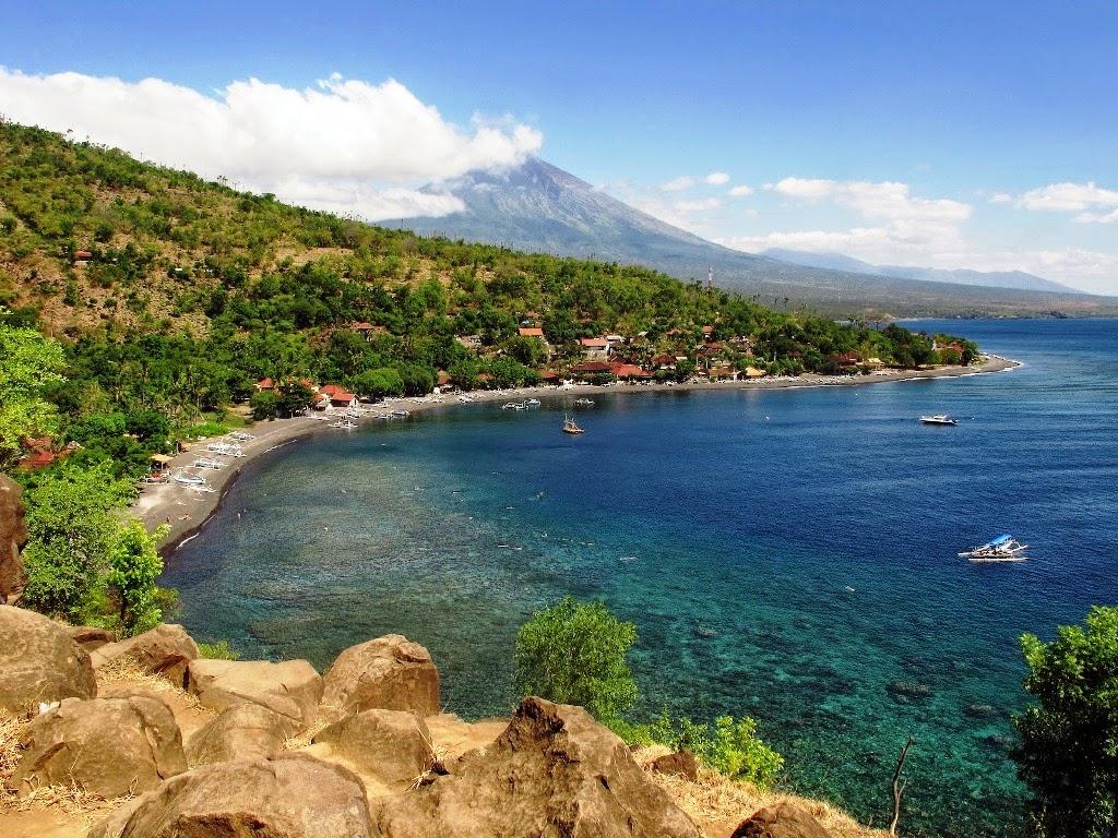 amed-beach-east-bali