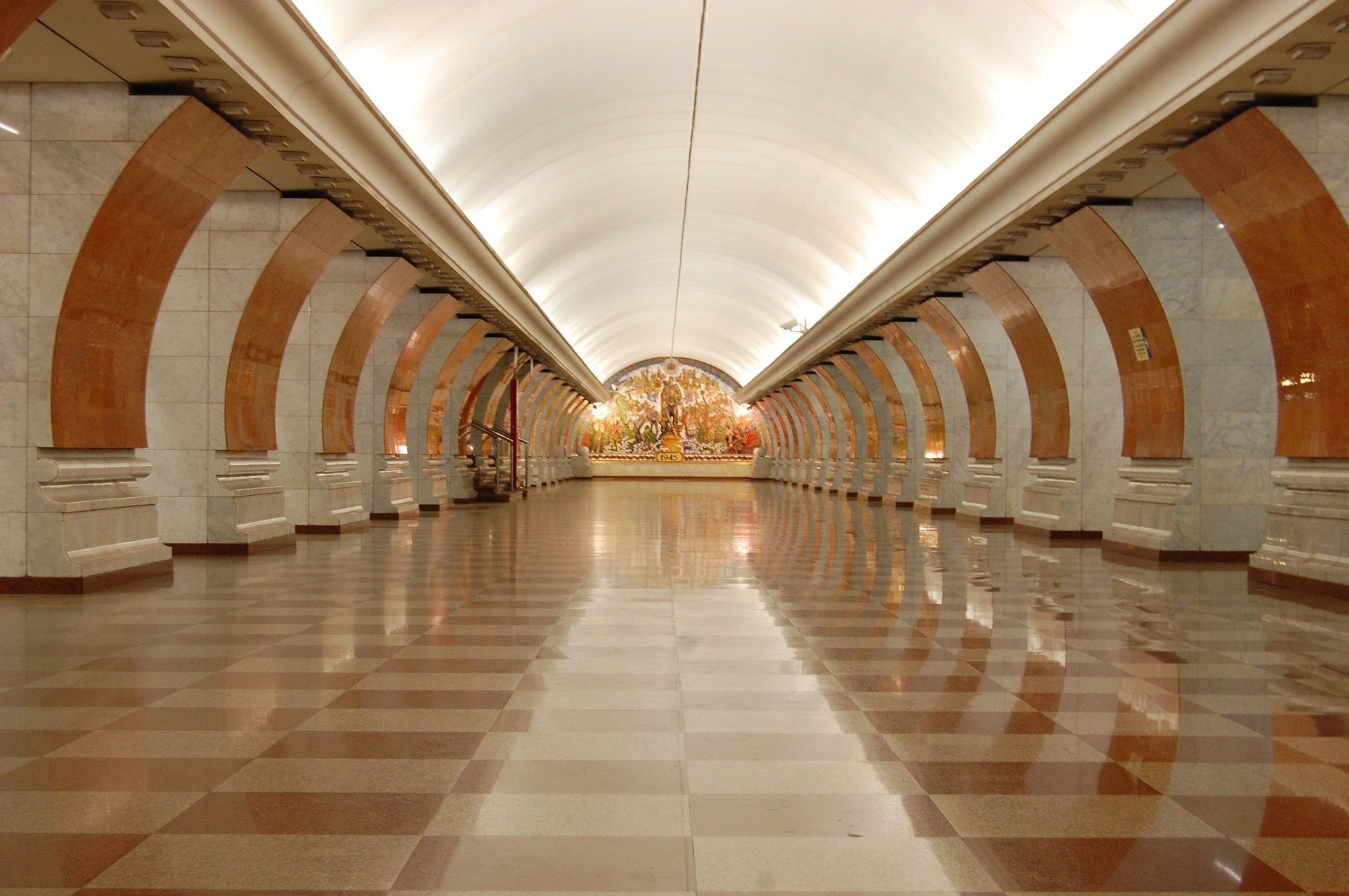 metro-796858_1920-1