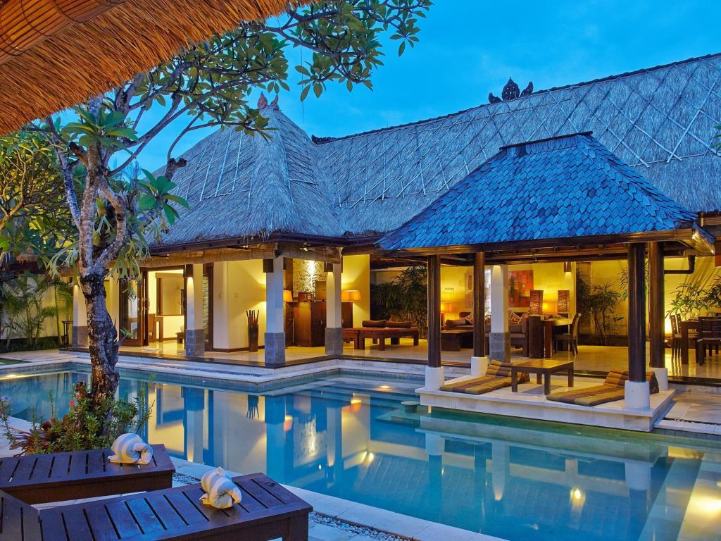 10 reasons why you should honeymoon in bali