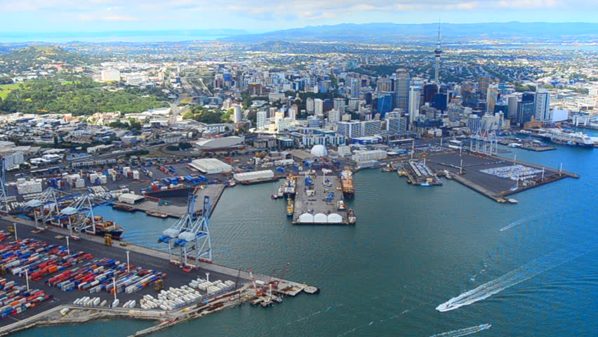 Auckland for a fast paced honeymoon destination in New Zealand