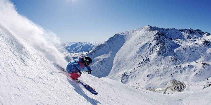 things to do in Queenstown, New Zealand, Queenstown, Skiing, The Remarkables
