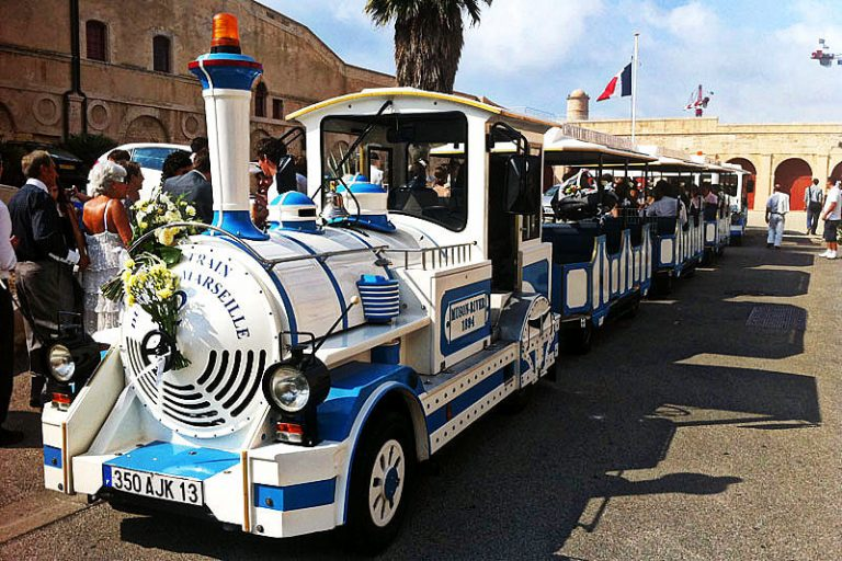 things to do in marseilles, Les petits trains de Marseille