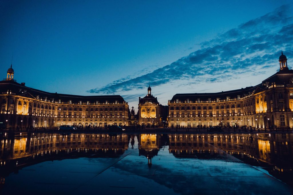 things to do in Bordeaux, Place de la Bourse