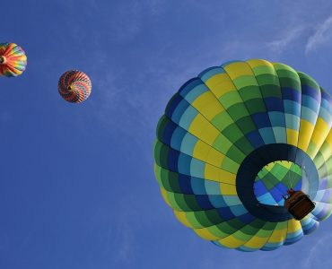 hot air balloon, best adventurous activities in the UK