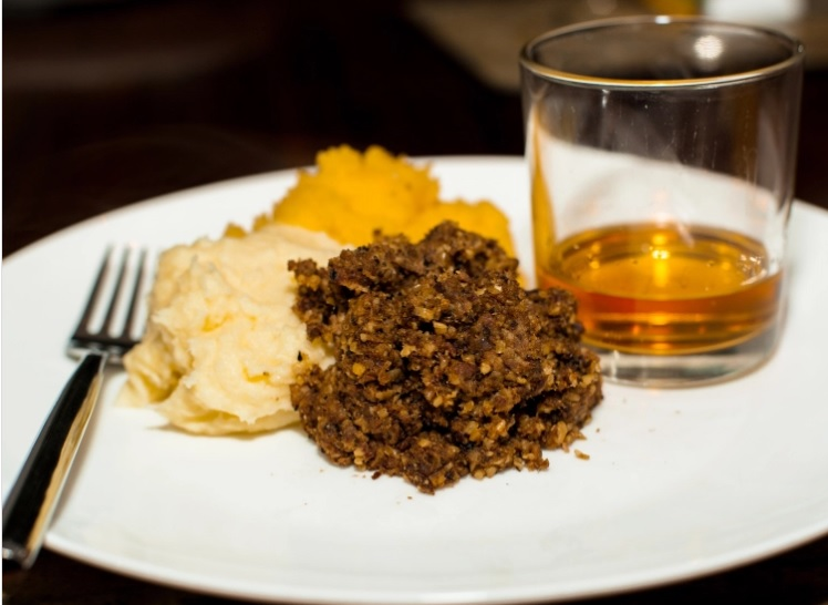 Haggis, Neeps and Tatties,Top must-eats in the UK