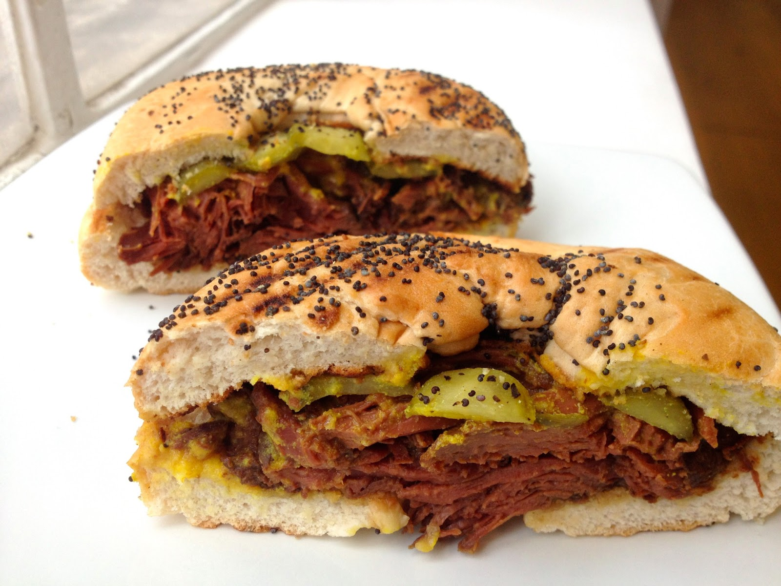 hot salt beef bagel,Top must-eats in the UK