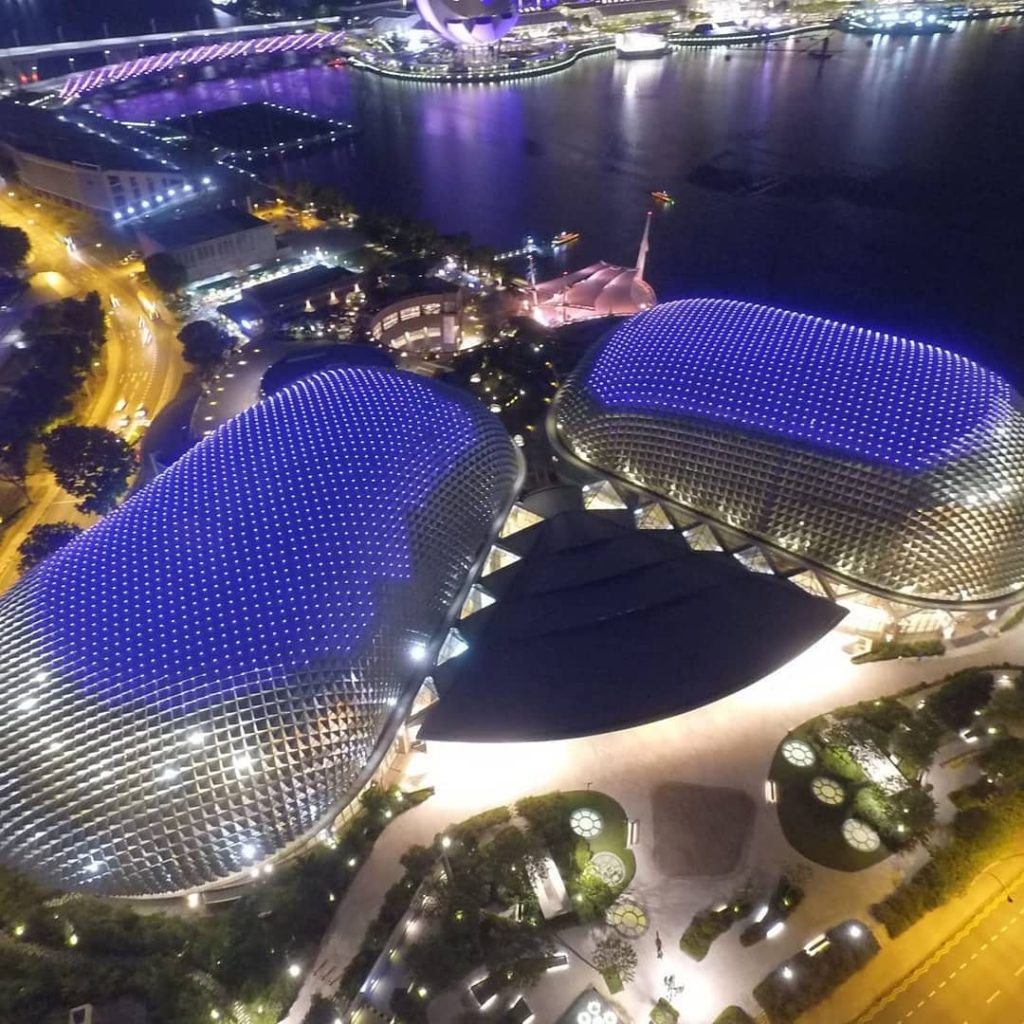 Places to see in Singapore Esplanade - Theaters on the bay